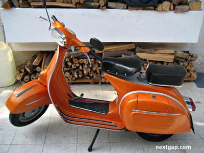 vespa ciao orange
